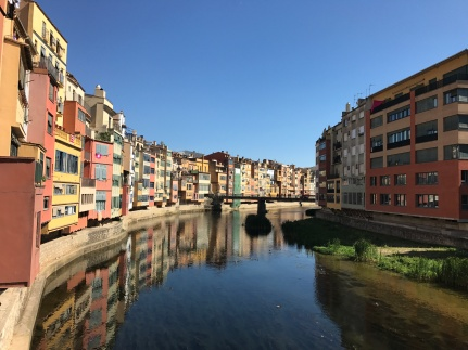 River Onyar, Girona. Apparently these houses are expensive/prized now!